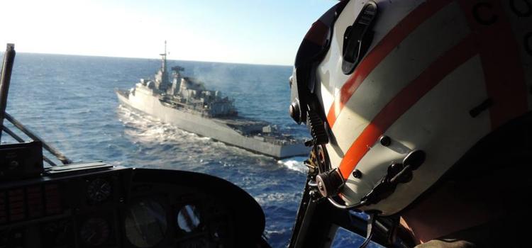 Em fevereiro de 2015 a fragata União irá assumir o lugar da Constituição (F42) na FTM-UNIFIL (Imagem: Marinha do Brasil)