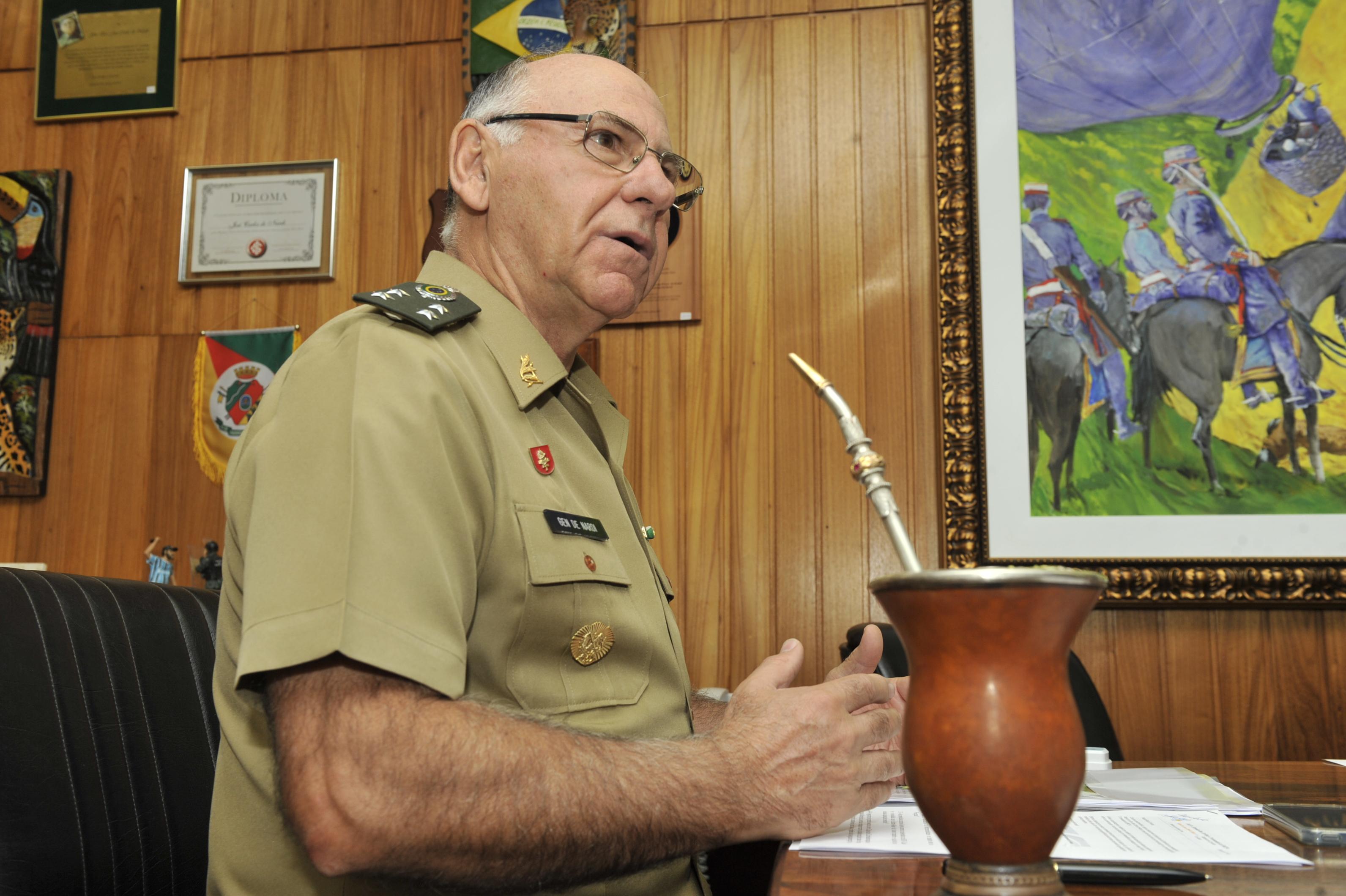 general DeNardi - Tereza Sobreira
