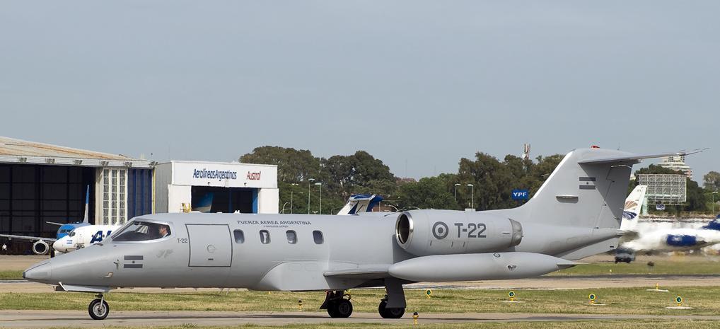 Imagem 2 Learjet-EW