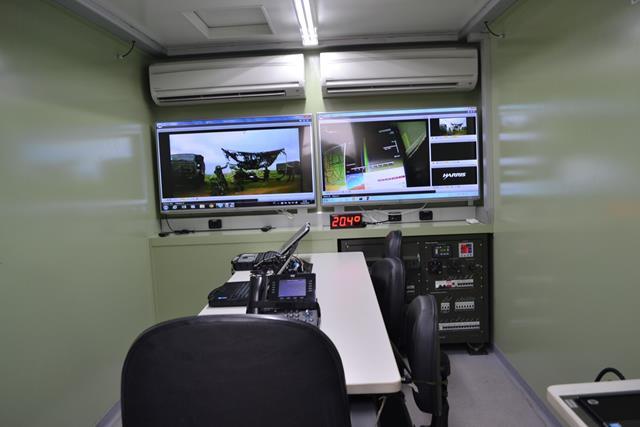 Meios empregados no acompanhamento da experimentação doutrinária da Bateria de Busca de Alvos. (Imagem: AD/5)