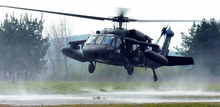 Os novos Black Hawk da FACh cumprirão um variado leque de missões, incluindo humanitárias. (Imagem: FACh)