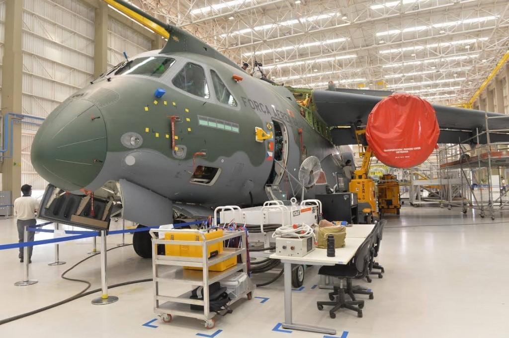 Programa KC-390 deverá receber mais verbas em 2017 (Imagem: Ministério da Defesa/Tereza Sobreira)