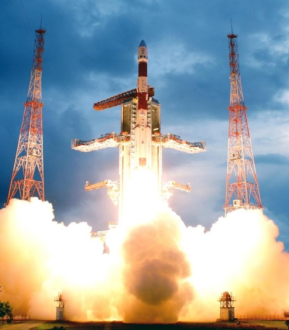 Foguete indiano que vai lançar a sonda, em 2020, o PSLV-C11, da Índia (Imagem ISRO)