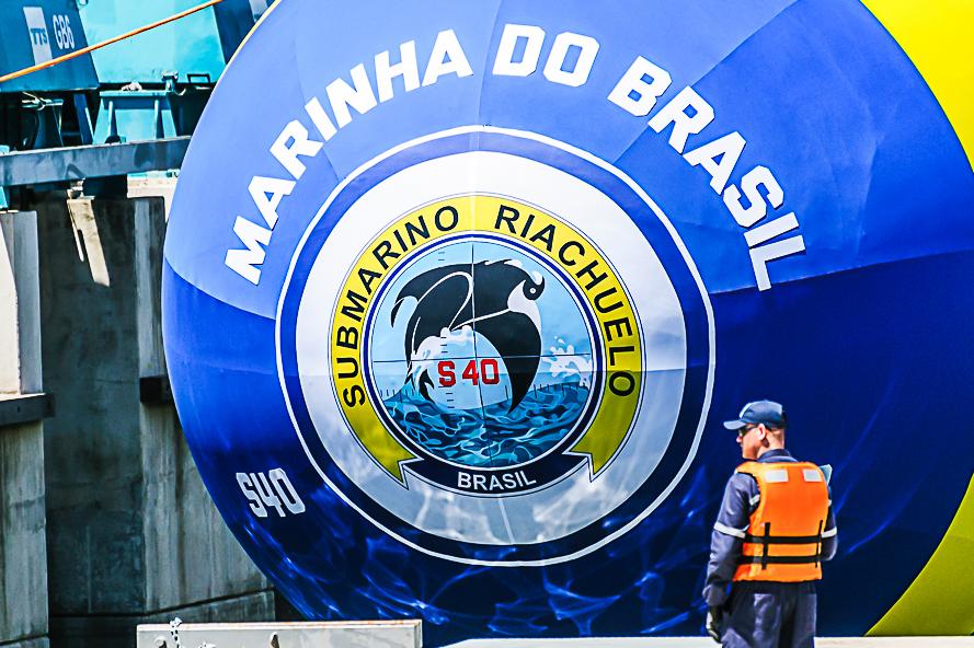 """3c88d481a0b31 Marinha do Brasil lança ao mar o Submarino S40 """"Riachuelo ..."""
