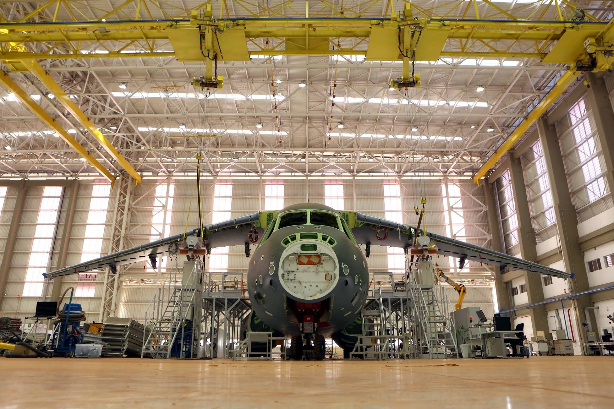 Foto 1 SENER-KC-390.