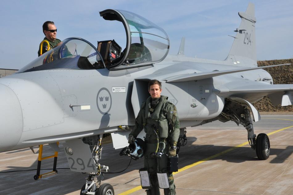 Foto 2 GripenC-D-Flygvapnet.