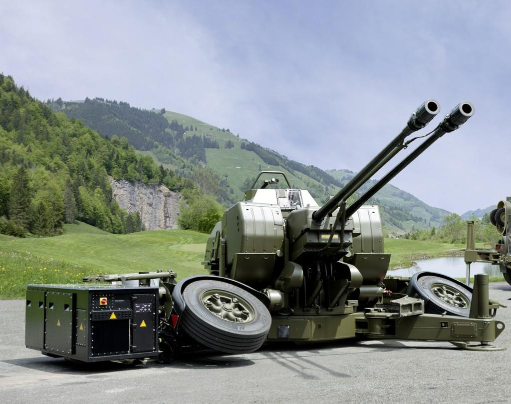 Oerlikon Twin Gun® GDF009 Oerlikon Skyguard® 3