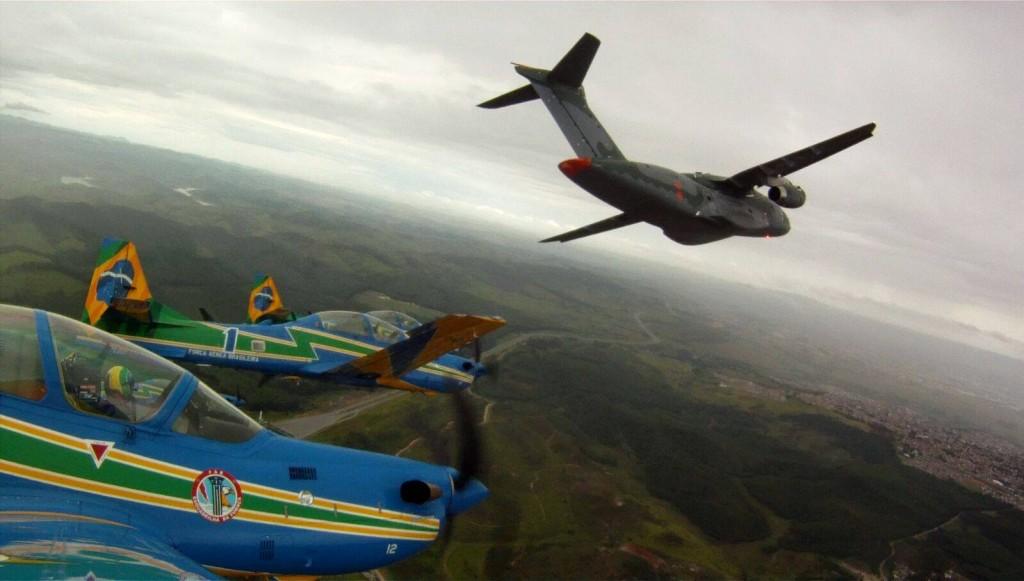 Imagem 2 E190-E2-rollout