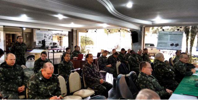 Reunião discute o Projeto Guarani. (Imagem: Exército Brasileiro)