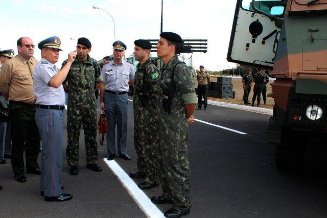 O objetivo da visita foi intensificar intercâmbio e discutir oportunidades de cooperação bilateral. (Imagem: Exército Brasileiro)
