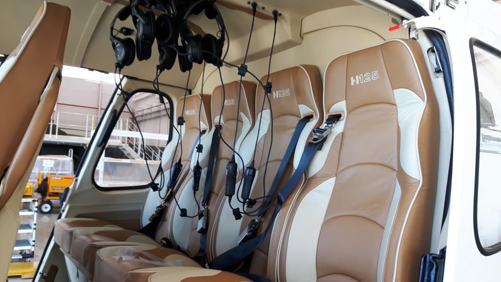 Interior da configuração VIP  da ultima versão do Esquilo. (Imagem: Helibras/ Divulgação)