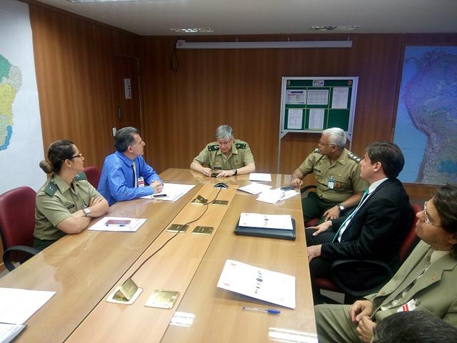 DFPC tem realizado reuniões com representantes da Polícia e Receita Federal, com objetivo de integrar o SisFPC com atividades desses órgãos, a fim de combate ilícitos relacionados ao comércio ilegal de armas. (Imagem: DFPC)