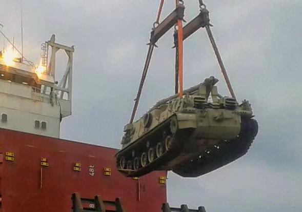 Veículo de socorro M-88 (Imagem: Porto de Paranaguá/Exército Brasileiro)