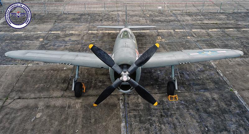 Um dos P-47D Thunderbolt do 1ºGAVCA